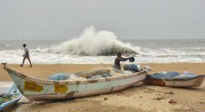 cyclone-amphan-in-chengalpattu_7b897fa6-98f0-11ea-b5cf-22f71a9413fe